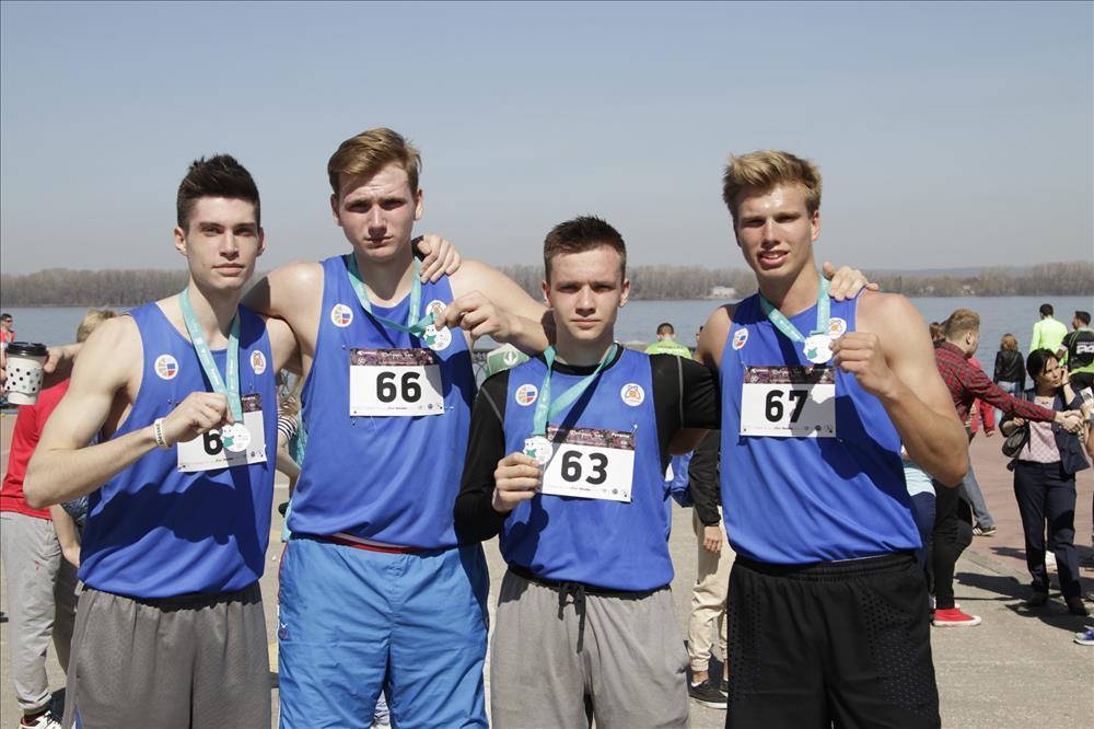 Игроки БК «Самара» приняли участие в благотворительном забеге «Добрый бег»